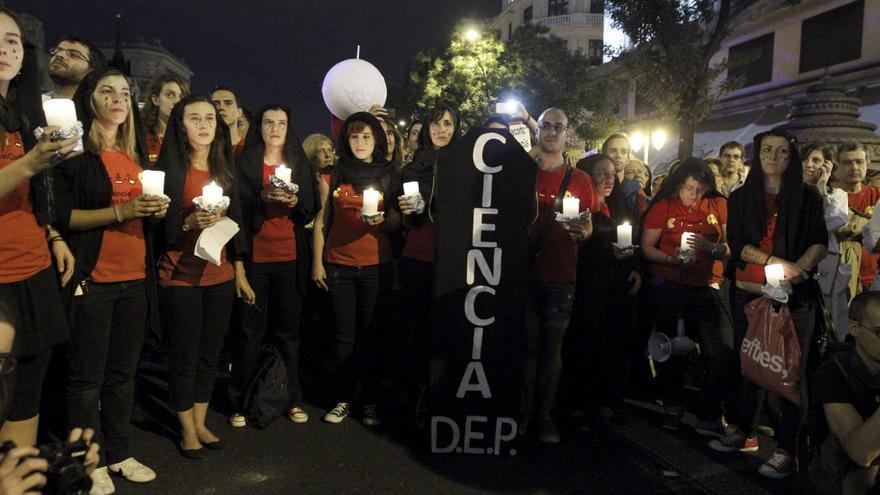 El Gobierno ha hecho oídos sordos a las manifestaciones de los científicos / EFE