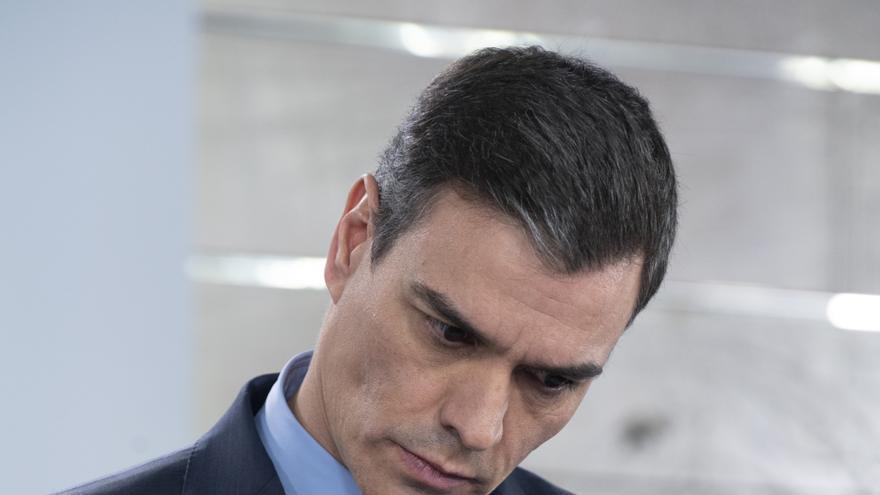 Pedro Sánchez en su intervención en Moncloa el 4 de abril.
