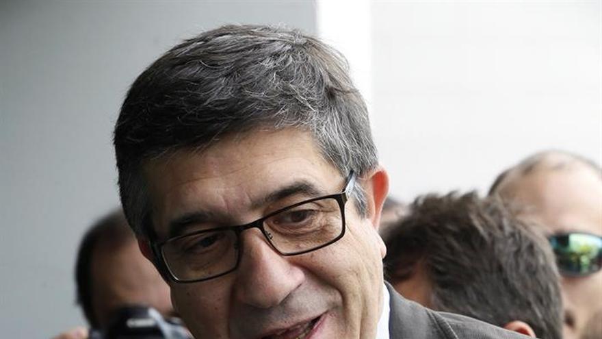 López promete a la UE que España será un socio fiable gane quien gane el 26J