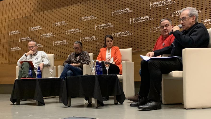 Integrantes de la asociación navarra de víctimas, este viernes en Pamplona