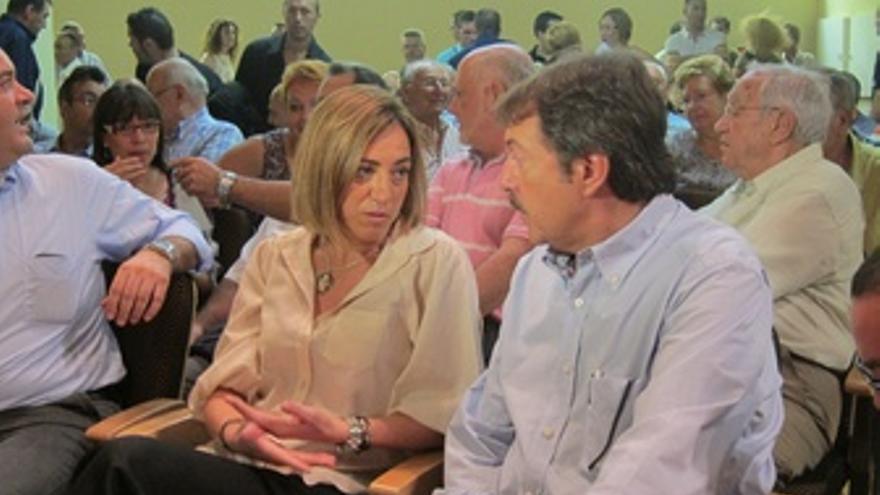 Carme Chacón Y Jordi Serra (PSC)