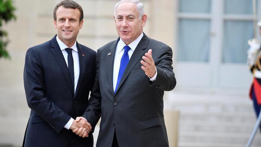 Macron pide una reanudación de las negociaciones entre israelíes y palestinos
