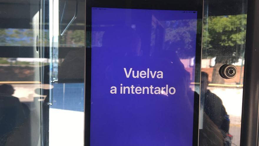 Mensaje que aparece en el dispositivo cuando el sistema de reconocimiento facial no reconoce al usuario que intenta acceder.