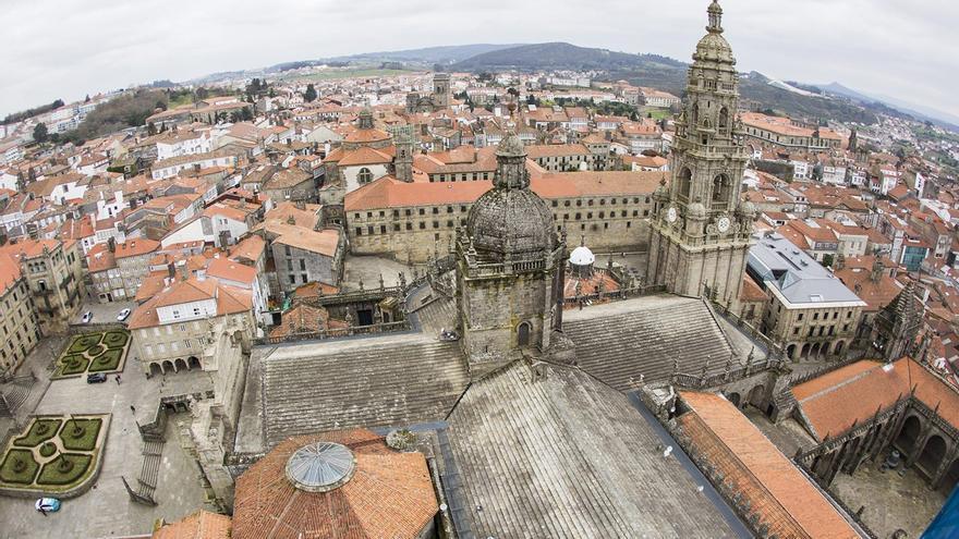Vista del casco viejo de Santiago desde las torres de la Catedral