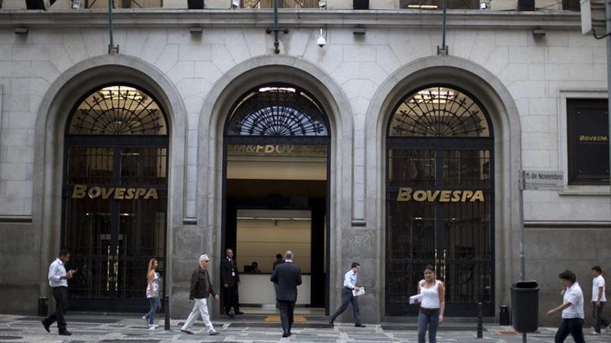 La Bolsa de Sao Paulo abre al alza tras tres récords consecutivos