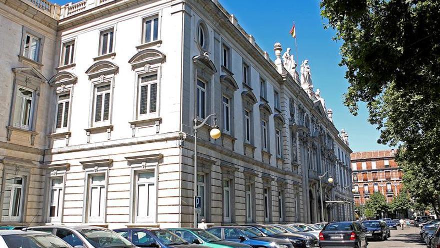 El Supremo falla que Vox tenía derecho a usar la bandera España en sus papeletas