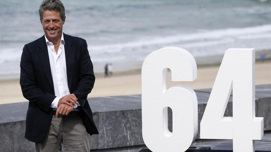 "Hugh Grant: ""Me gusta la idea de agarrarme al cine glamuroso de antaño"""