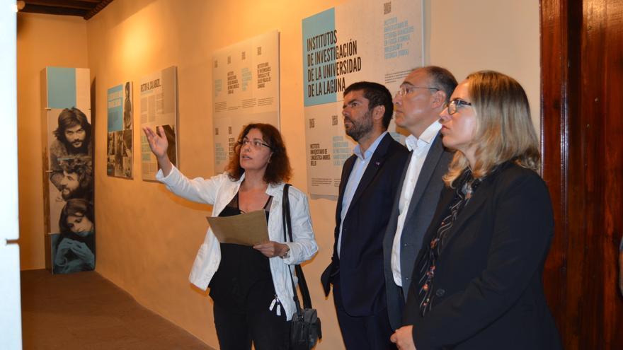 Inauguración de la exposición 'De dónde viene el futuro' en la Casa Salazar de Santa Cruz de La Palma.