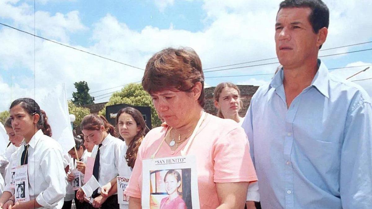 Una marcha por Fernanda Aguirre.