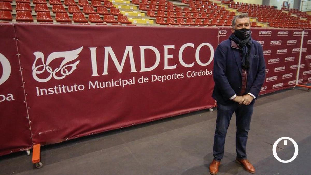 Manuel Torrejimeno, presidente del Imdeco, en Vista Alegre.