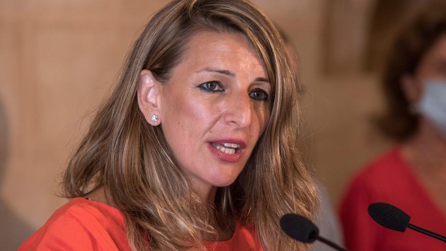 Yolanda Díaz y el presidente canario coinciden en necesidad de alargar los ERTE