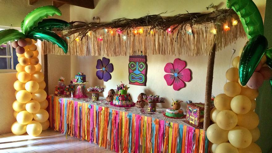 Decoración para una fiesta hawaiana