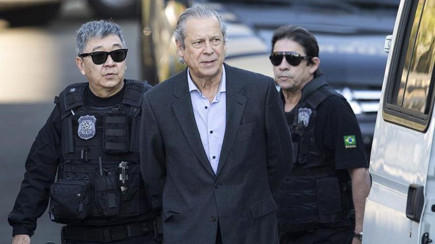 """Dirceu, un antiguo """"camarada de armas"""" de Rousseff condenado a 23 años"""