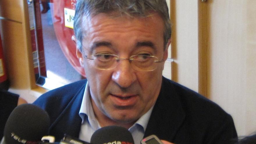 Gordo dice que la cercanía a Podemos no depende de Garzón sino de los programas