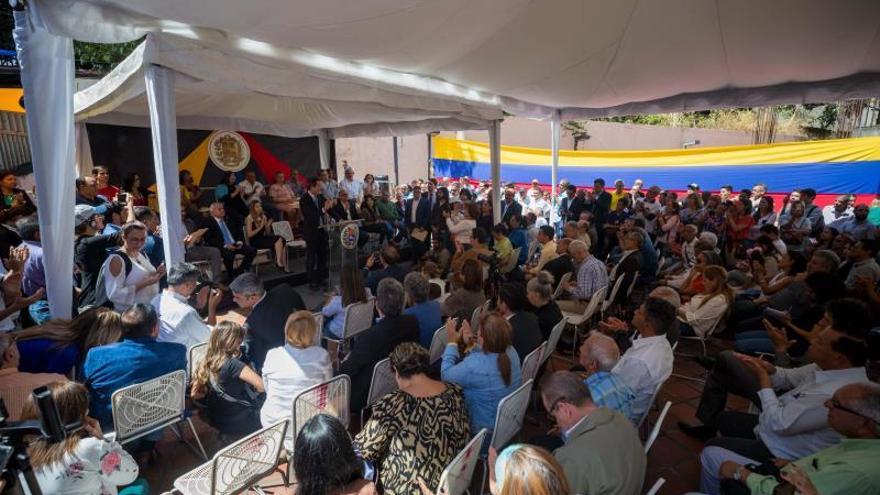 Resultado de imagen de Juan Guaidó llamó a marchar hacia la Asamblea Nacional de Venezuela el 10 de marzo