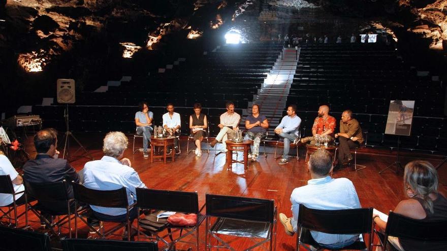 Presentación de la adaptación teatral de 'El hombre duplicado'.