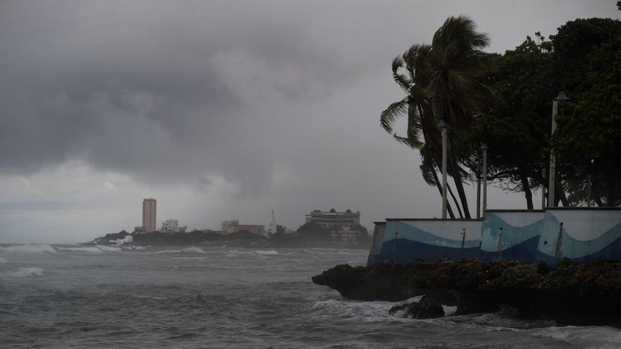 El Caribe alista estrategias de cara al impacto de los huracanes en medio de la COVID