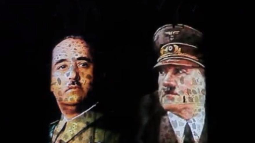 Imágenes de Franco y Hitler proyectadas sobre el castillo de Guadamur (Toledo)