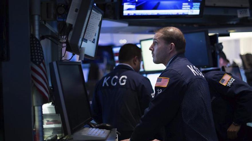 Wall Street abre al alza y el Dow Jones gana un 1,36 por ciento
