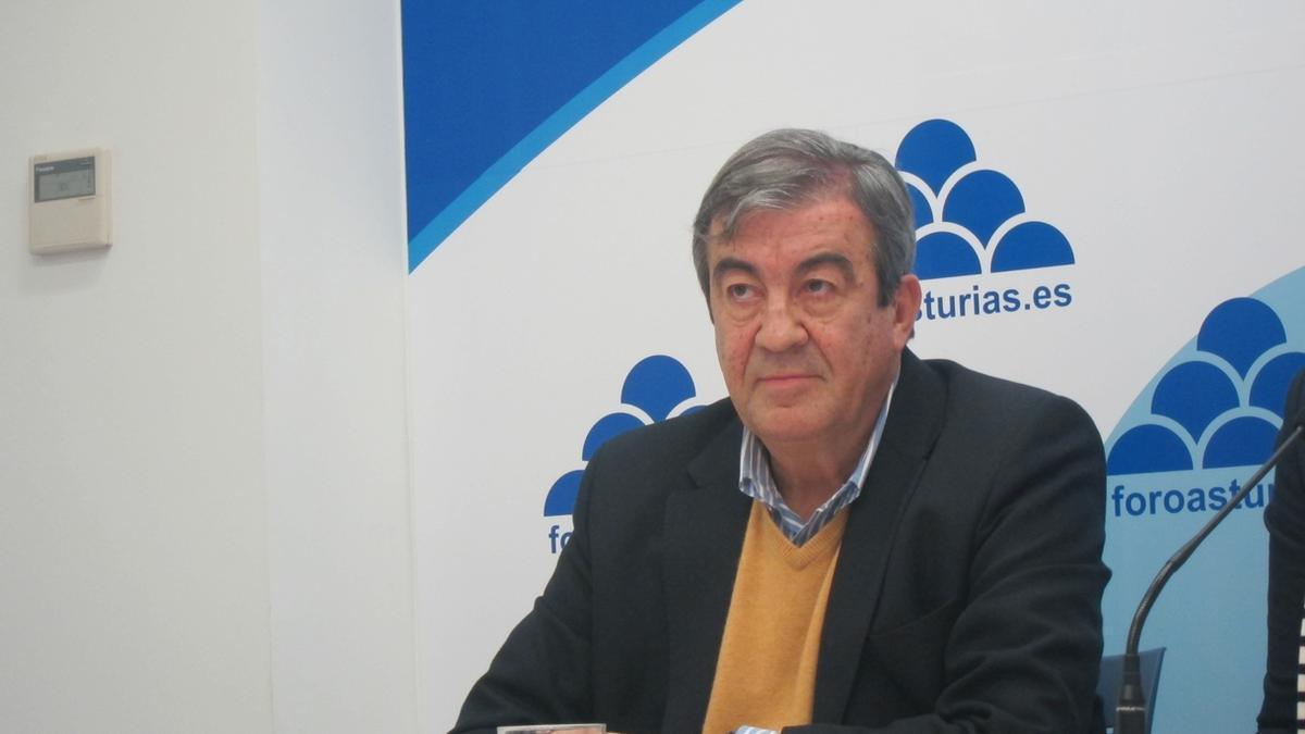 Álvarez-Cascos, en un acto de Foro.