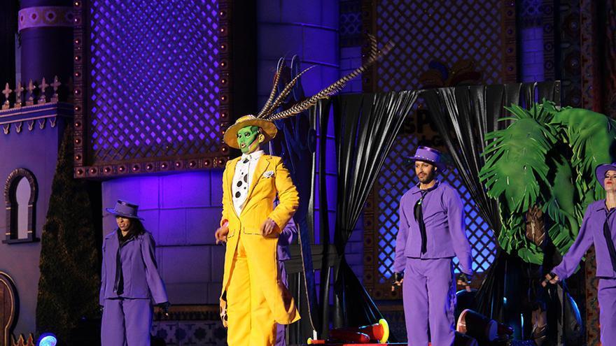 Drag Gio, con una fantasía de Rayaco Santana y Sebastián Betancor. (Cirenia Vico)