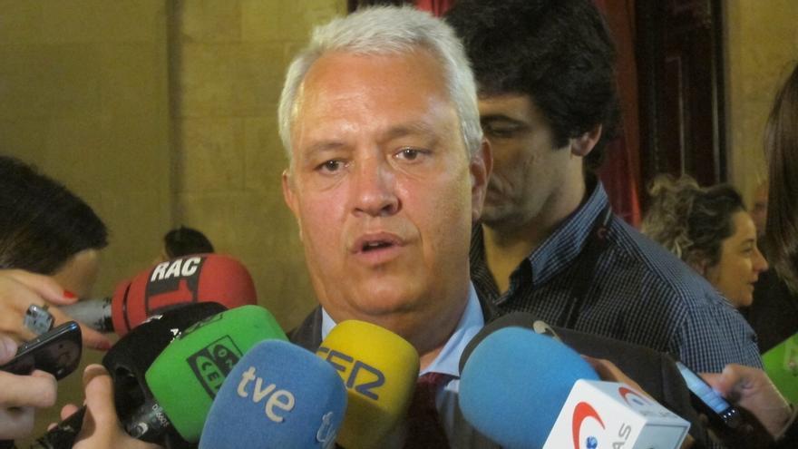 """El PP cree que Camacho tiene """"pocas cosas"""" que aportar en la comisión sobre pujol"""