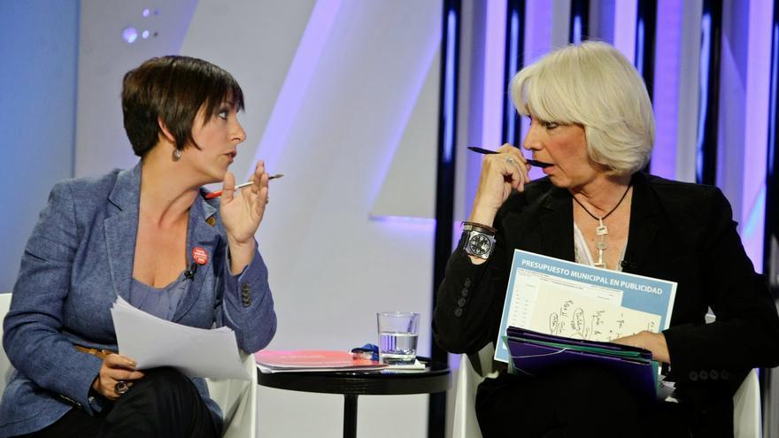 Teófila Martínez, en un debate televisivo en Onda Cádiz.