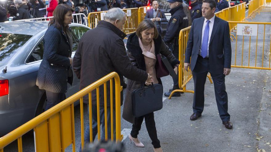 La presidenta del Parlament, Carme Forcadell, a su llegada al Tribunal Supremo