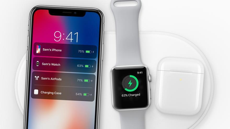 El iPhone X junto al nuevo Apple Watch 3