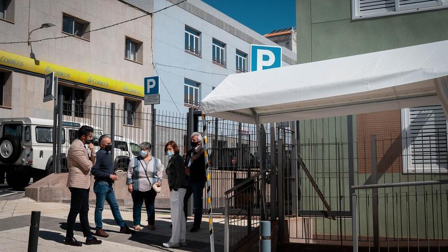 El Ayuntamiento de La Laguna instala carpas en los centros de salud para facilitar las esperas