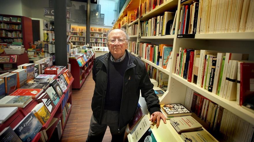 L'aportació de Joan F. Mira a la cultura catalana des del País Valencià és aclaparadora. Novel·les com Borja Papa perduraran, igual que les traduccions dels clàssics, o alguns assajos.
