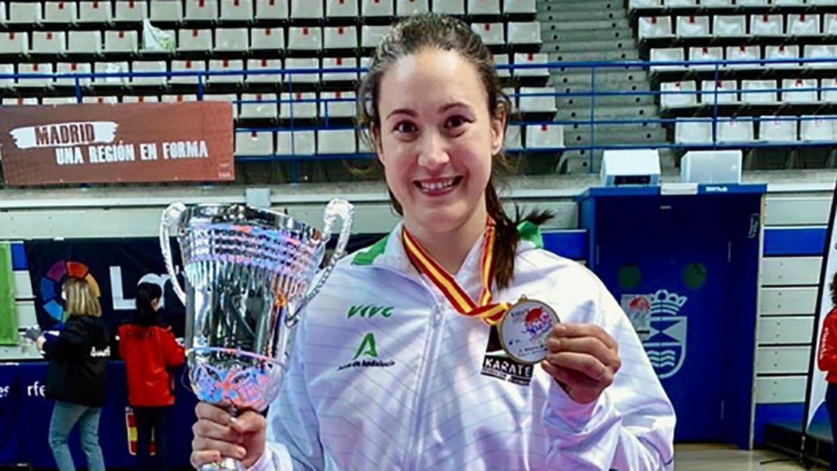 Inma Lopera, campeona de España de kárate por equipos
