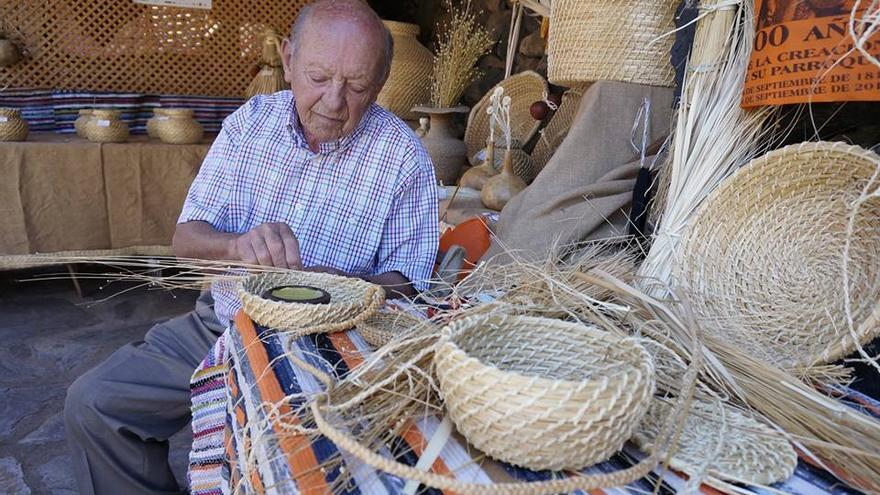 Juan Ramírez Pérez en la Feria de Artesanía Pinolere / Esterlicia Sicilia
