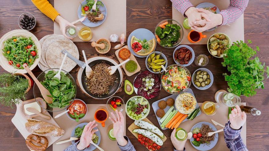 Alimentos veganos y vegetarianos. Foto: Hundredrooms.