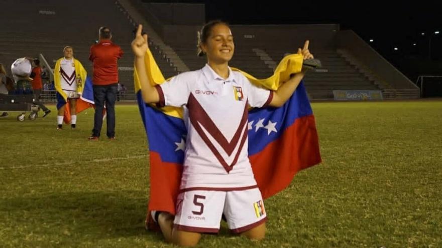 La UDG Tenerife ficha a la venezolana Andrea Zeolla