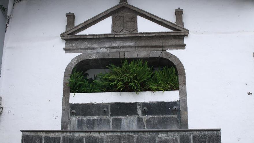 Fuente renacentista de la Plaza de España.
