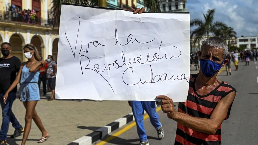 Quienes en Cuba apoyan al actual gobierno tienen más edad que quienes lo consideran el sucesor, pero no el heredero, de la Revolución de 1959.