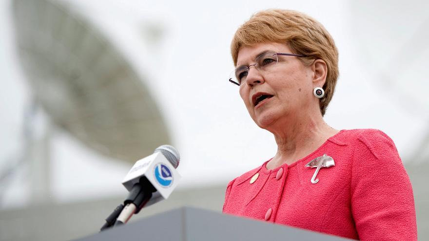 La directora de la Administración Nacional de la Atmósfera y los Océanos (NOAA), Jane Lubchenco. EFE/SHAWN THEW