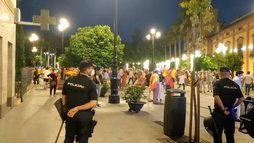 La Policía observa la manifestación no autorizada de este lunes