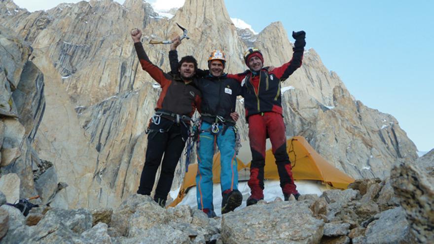 De izquierda a derecha: Juan Vallejo, Alberto Iñurrategi y Mikel Zabalza (Col. WOPeak 2014).