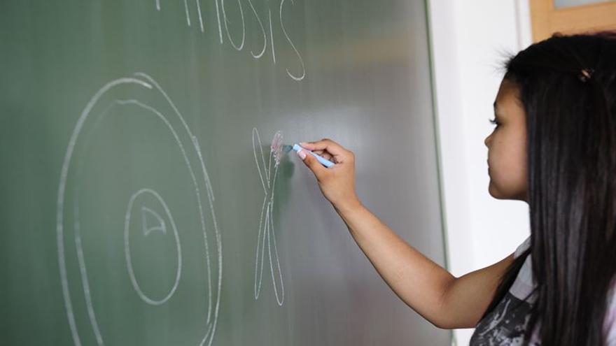 Los alumnos canarios volverán al colegio el 9 de septiembre (Europa Press)