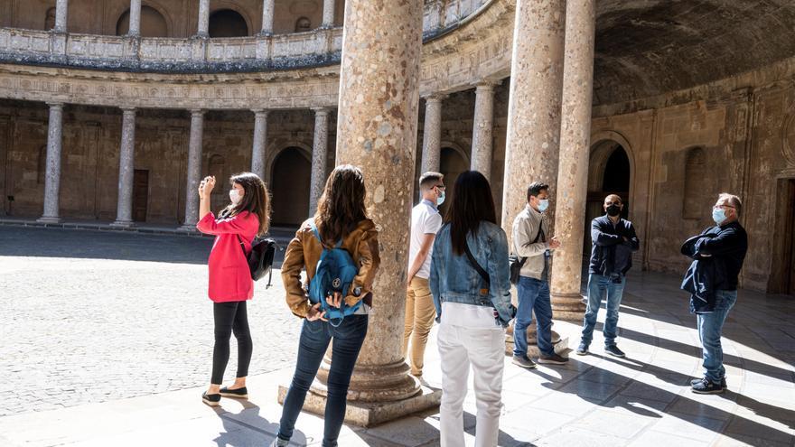 Granada forma al sector turístico para rentabilizar la reactivación económica