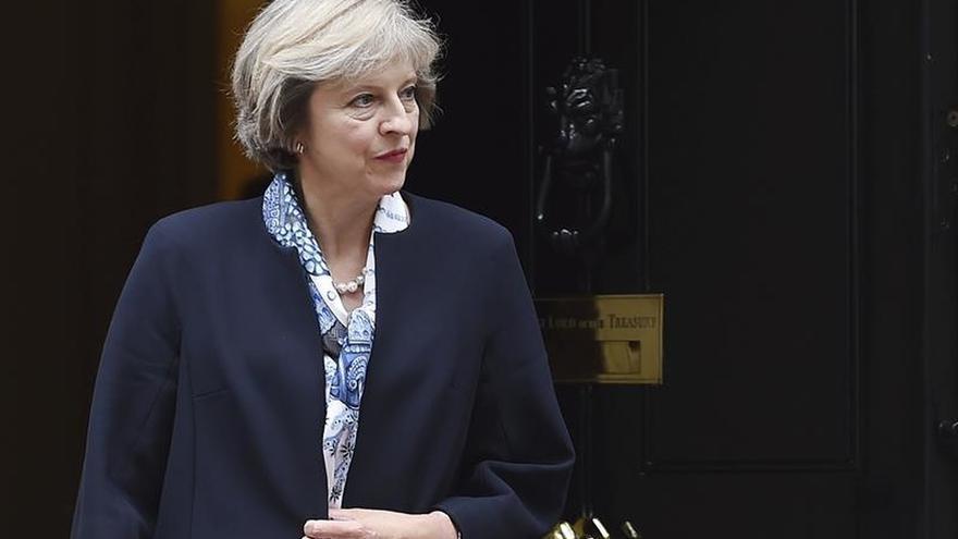 """Theresa May califica a Peres de estadista """"visionario y valiente"""""""