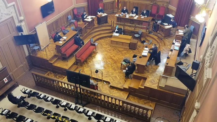Un exconcejal de Convergència en Barcelona, condenado por contratar a un militante que no trabajó