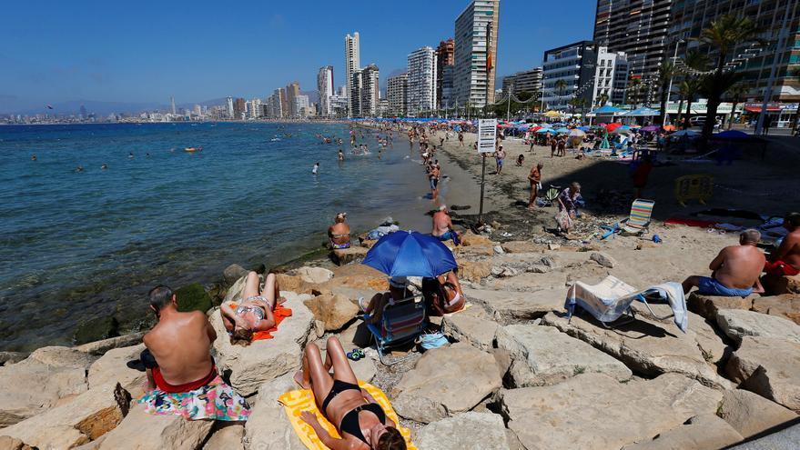 El turista poscovid: menos viajes, más cortos y a destinos no masificados