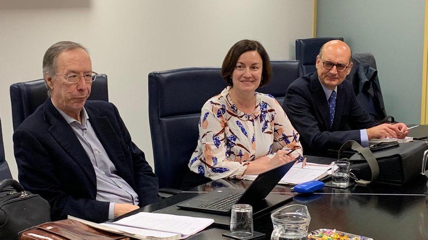 López Basaguren, Elizondo y Legarda, en la reunión de este lunes en el Parlamento Vasco