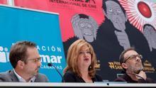 El director del Festival Internacional de Cine de Las Palmas de Gran Canaria, Luis Miranda (d); la concejal de Cultura de la ciudad, Encarnación Galván; y el consejero de Desarrollo Económico del Cabildo de Gran Canaria y consejero de la Gran Canaria Film Commission, Raúl García Brink (i).