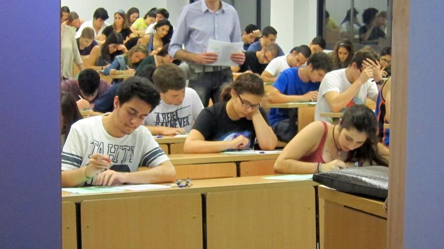 Maeztu promueve adelantar la convocatoria extraordinaria de Selectividad para evitar incorporación tardía del alumnado