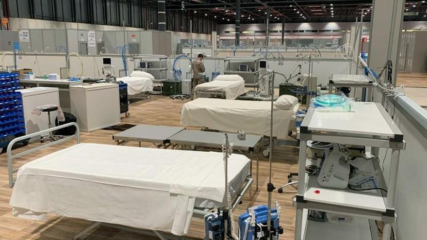 Fotografía facilitada por el Ejército del Aire de camas en el recinto de la Feria de Muestras de Madrid (IFEMA).