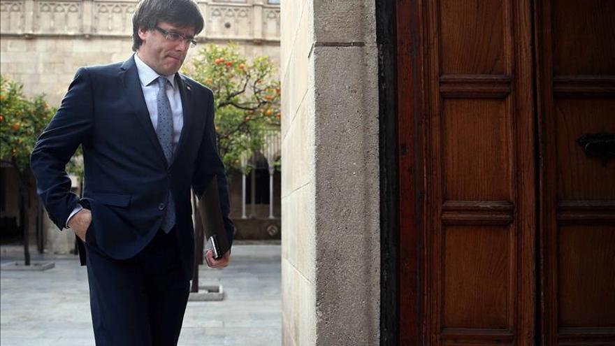 Puigdemont anima a los cónsules a dialogar con el Govern ante el proceso soberanista